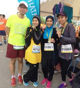 With Max Lim RunwitMe, Intan and Eda
