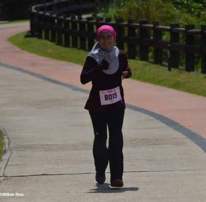 Intan Suraya running at Pink Ultra 50