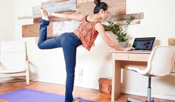 Desk_stretch-dancers-pose-e1398314958389