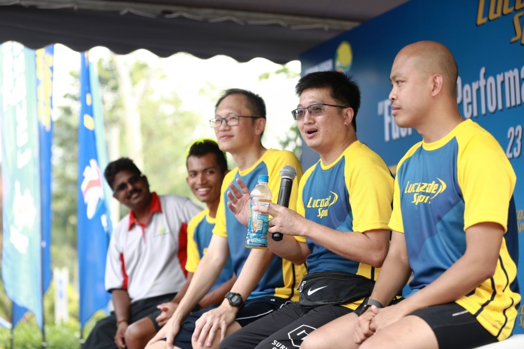 'Fuel Your Performance' Campaign Launch + Clinic by Lucozade Sport with (from left): * Dr Mahenderan Appukutty, exercise & sports nutritionist, Faculty of Sports Science and Recreation from Universiti Teknologi MARA  * Edan Syah, 'Fuel Your Performance' Advocate & the fastest marathon runner in Malaysia for 2016 * Lee Hon Tong, Regional General Manager, Suntory Beverage & Food Malaysia, Singapore & Hong Kong * Mohamed Allie Helmy, 'Fuel Your Performance' Advocate and army corporal-triathlete champion  * Alex Au-Yong, 'Fuel Your Performance' Advocate and marathoner-XtraMiler  *Not in the picture is the 4thAdvocate, Mohd Amran bin Abdul Ghani, as he was attending a race