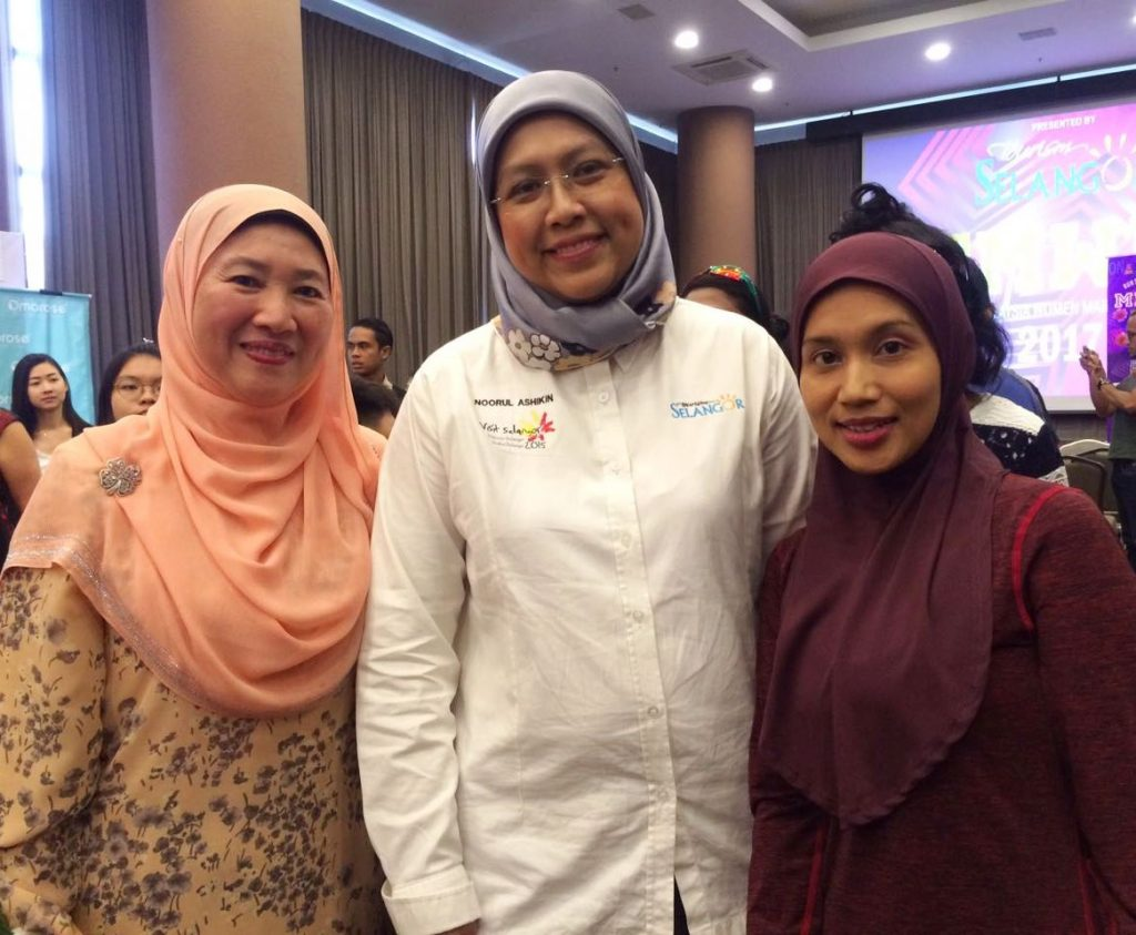 The ladies behind the MWM : YB Dr. Daroyah & Pn Noorul