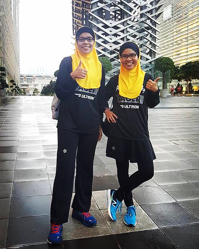 Amie will be pacing again this year! (on the right) Good luck for your exams Nahsuhah (on the left)