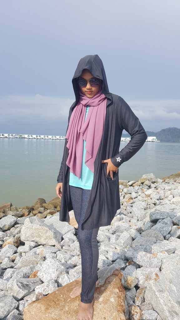 Hooded Cardigan and Leggings for Travel